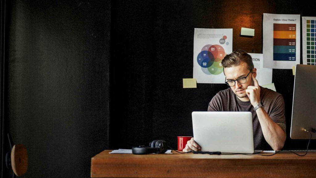 Como fazer a gestão empresaria à distancia?