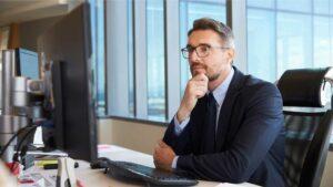 Usar um sistema especializado ou criar um ERP próprio? Tire todas as suas dúvidas sobre essa questão
